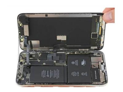 "iPhone X拆解,揭露""齐刘海""和双电池的秘密"