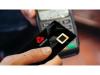 无需密码/签名的银行卡究竟有多方便?英国开始测试内置指纹扫描仪的NFC支付卡