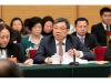 """中国新能源汽车市场""""断崖式""""下滑,还能否实行""""换道超车""""?"""