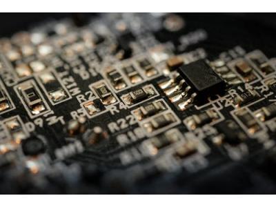 """内存芯片逐渐回温,兆易创新迎来""""万""""箭齐发"""
