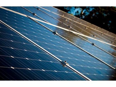 丰田电动汽车电池方案:用太阳能电池板覆盖汽车