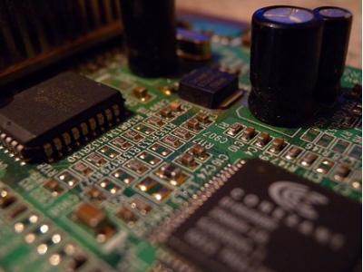 高频PCB设计低失真布局的几个技巧
