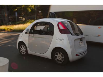 Waymo的全自动驾驶汽车要来了?用户只见声明邮件未见真车