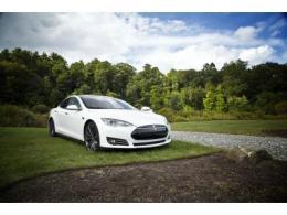 特斯拉的完全自动驾驶今年就能用?马斯克又吹牛了?