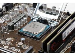 """英特爾找三星當""""救兵"""",CPU產能能否跟上?"""