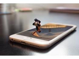 苹果终于要取消 Lightning 连接器了?无线充电成为其重点