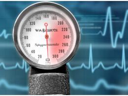 只有一个单片机单片机,如何做出携带式电子血压计?