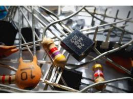 精密电阻做到极致是什么样的体验?接近理想电阻