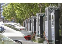 特斯拉大陆充电桩已超 300 座,国内市场仍充满不确定性