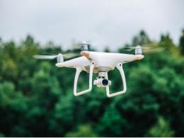 中移动发布全球首款无人机专用 5G 通信,解决超视距飞行问题