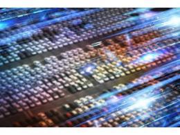 海康威視自研自動換電站,為 7*24 不間斷作業提供源動力