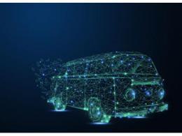 郑州首批智能公交车上路运营,可在一定距离内自动减速、停车