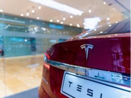 特斯拉上海工厂恢复Model 3交付,年底前将实现100%国产化率