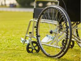 自动驾驶电动轮椅测试进行时,这年头都这么玩?