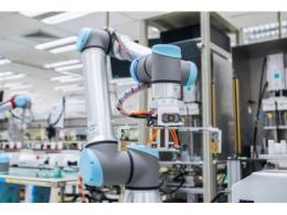 优傲机器人为制造工艺带来革新  UR5, UR10e助力Benchmark Electronics提升25%运营效率