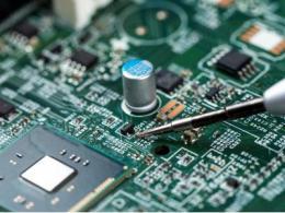 """NAND与DRAM面临两位数涨幅?半导体行业终于""""热""""了起来"""