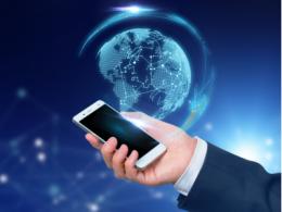 OLED手机屏幕已是潮流,三星垄断超八成本土厂商如何突围?