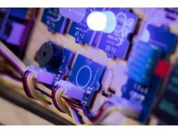 掌握第四次显示器产业机会,群创先攻PID应用强化MicroLED供应聚落