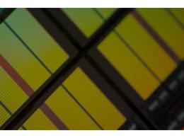 疫情导致的芯片热潮?美光将业务重心转向数据中心市场