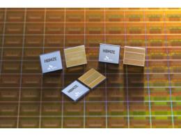 SK海力士量产新一代HBM2E:8个16Gb单芯片堆叠,存储容量翻倍达16GB