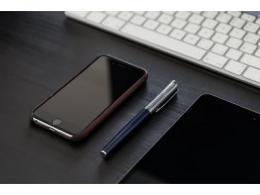Q2全球智能手机销量下滑16%,华为占据五分之一份额