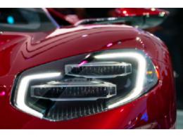利用高功率Buck LED控制器实现优异的汽车外部照明