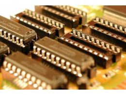 浅析模拟芯片巨头背后的晶圆厂商生存之道