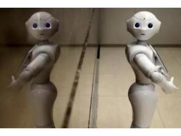 服务机器人迎来井喷春天,人类为何如此痴迷于它?