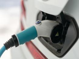 谈谈全球动力电池行业泡沫化预估