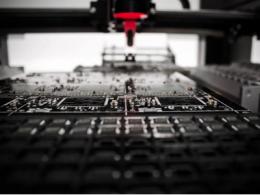 通孔对PCB设计阻抗有何影响?