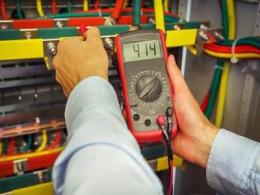 教你最后一个小技巧:使用数字电位器来产生可调电压输出