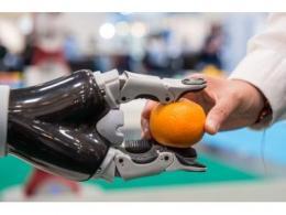 服务机器人记录:全球销售额增长 32%——国际机器人联合会报告