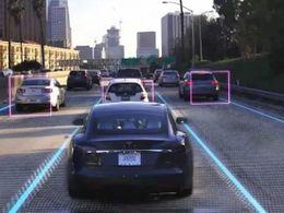 特斯拉完全自动驾驶测试版加入新功能,可在路口自动礼让行人