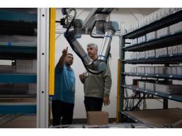 优傲机器人助力物流业提速
