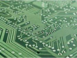 为什么PCB线路板要把过孔堵上?