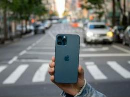 韩媒:苹果预计OLED屏iPhone明年出货1.6至1.8亿部