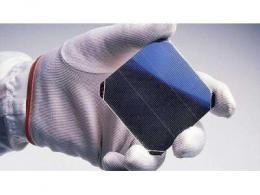 计划建设12英寸单晶硅片生产线,110亿元中晶大硅片项目明年年初将试生产