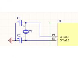 振荡电路的振荡频率由什么决定