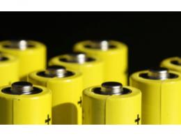 """磷酸铁锂电池成""""香饽饽"""",国内电池级碳酸锂价格持续上涨"""