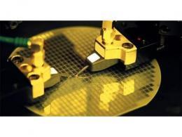 台积电、联华电子等芯片代工商倾向于优先考虑长期客户订单