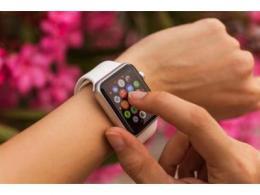 戴口罩也能解锁iPhone?苹果:iOS 14.5可以用AppleWatch解锁