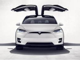 特斯拉否认推出16万元电动车,全球多地曝召回