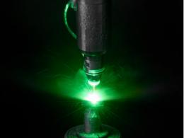 水刀与激光这两种切割方法之间,有什么区别和相似之处?