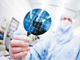 SEMI:中国大陆首次成为全球最大的半导体设备市场