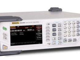射频源的幅度输出是靠什么控制的?