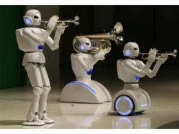 """服务机器人的""""碎片化""""困局"""