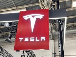 特斯拉正寻求收购芯片厂,以解决芯片短缺问题