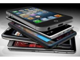 Counterpoint:全球智能手机第一季度出货、收入创历史新高