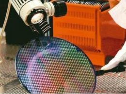 南大光电ArF光刻胶产品取得逻辑芯片制造企业55nm技术节点认证突破