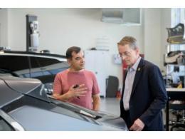 英特尔CEO帕特·基辛格参观Mobileye以色列总部